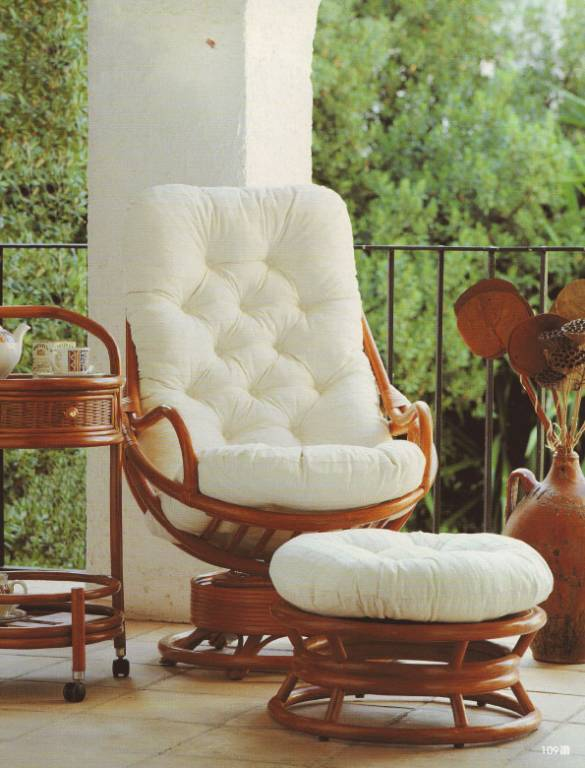 Ротанговая мебель на балконе. - оригинальные балконы - катал.